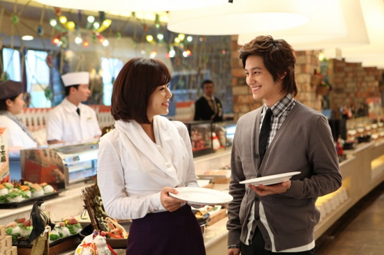 Kim Bum and Hwang Jung Eum enjoy a gourmet date for new CF 20101103_kbhje_3