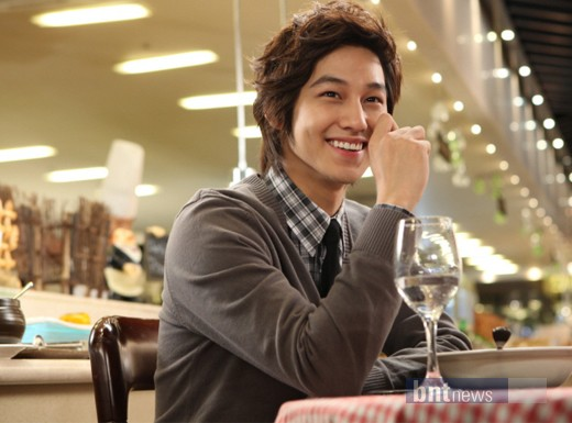 Kim Bum and Hwang Jung Eum enjoy a gourmet date for new CF 20101104_kbhje_4
