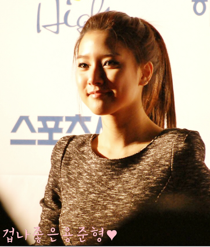 Kim So Eun attends SEOUL MUSIC AWARDS 2011 « Bumsso