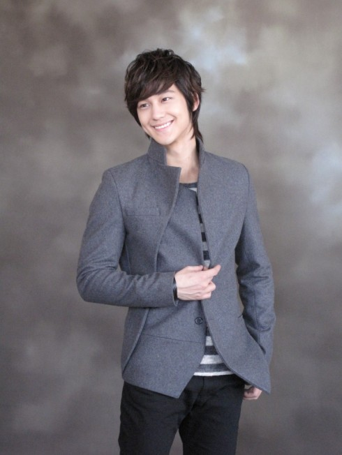 Kim Bum for Unplugged Museum F7c2d51336009a7bdc540144
