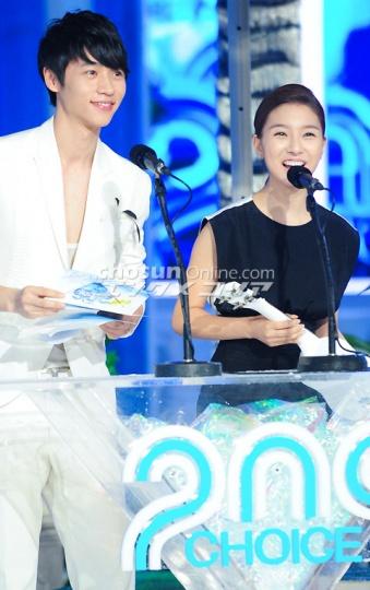 Kim So Eun at Mnet 20′s Choice B966a1fd01ae2c7708244d83